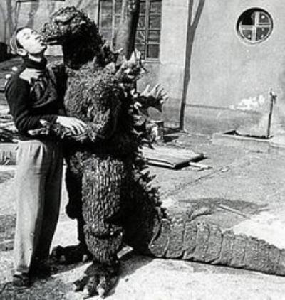 Give_Me_Sugar_Baby!_-GyakushuGoji_Godzilla_1955_Raids_Again-